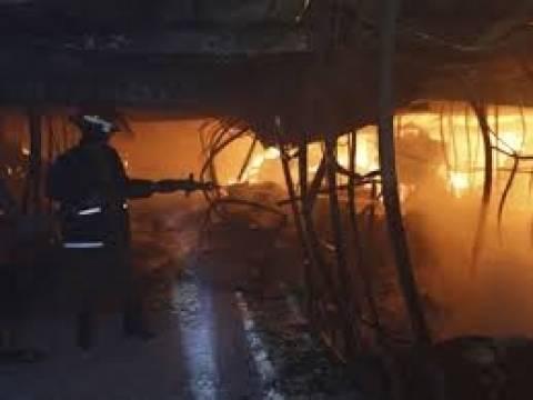 Τουλάχιστον 10 νεκροί σε πυρκαγιά στο Μπαγκλαντές
