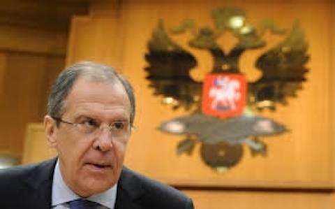 Λαβρόφ: Οι ΗΠΑ να πιέσουν το Κίεβο να σταματήσει τον πόλεμο