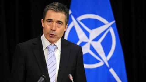 Ράσμουσεν: Το ΝΑΤΟ προσπαθεί να βοηθήσει την Ουκρανία