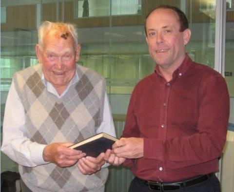 Βρετανία: Πρόστιμο 5.500 ευρώ σε 91χρονο για ένα δανεισμένο βιβλίο