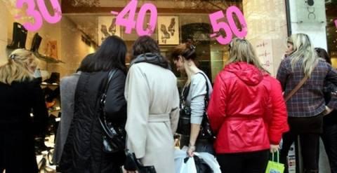 ΕΛΣΤΑΤ: Μειώθηκε η απασχόληση στο λιανικό εμπόριο κατά 1,2%