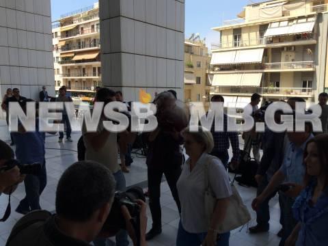 Στις 25 Ιουνίου η απολογία της Ε. Ζαρούλια (pics)