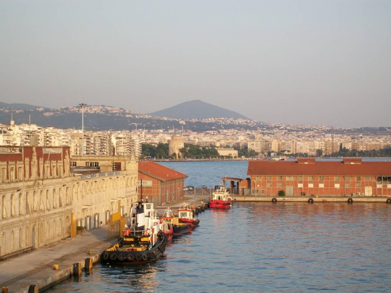 Θεσσαλονίκη: Σε κρίσιμη κατάσταση νοσηλεύεται ο ναύτης