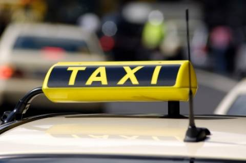Με το χειρόφρενο στο χέρι οδηγοί ταξί-Προσανατολίζονται σε κινητοποιήσεις