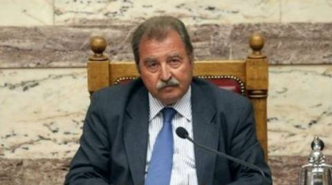 Καραμανλή για Πρόεδρο της Δημοκρατίας θέλει ο Τραγάκης