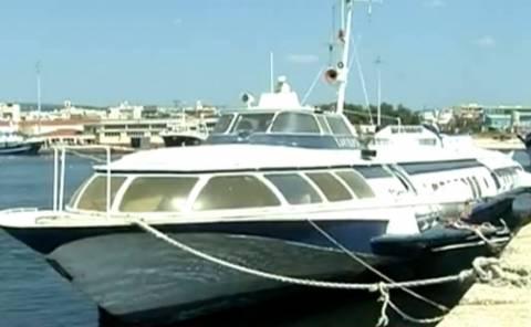 Αλεξανδρούπολη: Κινδύνεψε «ιπτάμενο δελφίνι» από εισροή υδάτων