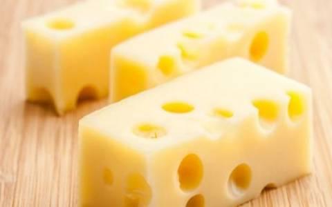 Ο... ανώμαλος με το ελβετικό τυρί παραδέχθηκε την ενοχή του! (pic)
