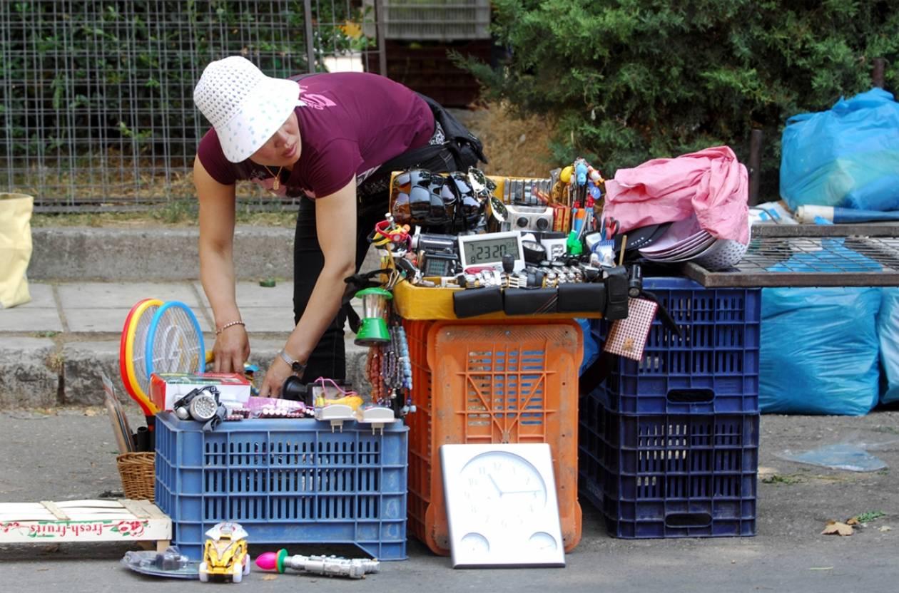 Θεσσαλονίκη: Έφοδος της αστυνομίας σε λαϊκή αγορά στη Χαριλάου