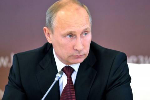 Πούτιν: Ζητά διάλογο ανάμεσα σε Ουκρανούς και αντάρτες