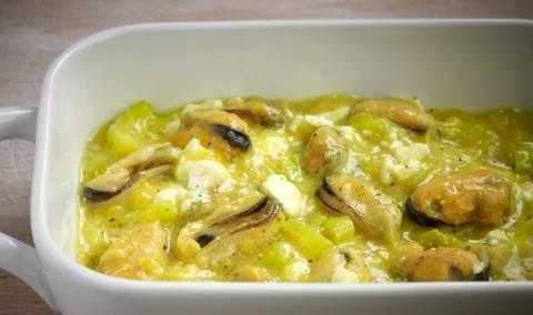 Μύδια σαγανάκι Θεσσαλονίκης με μουστάρδα