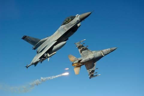 Λάρισα: Αποφεύχθηκε σύγκρουση με F-16 και αιωροπτεριστές