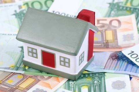 «Εγκλωβισμένοι» 70.000 δανειολήπτες με ελβετικό φράγκο