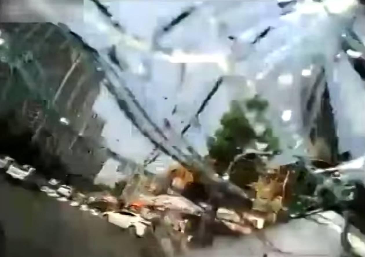Το απίστευτο ατύχημα ενός οδηγού ταξί! (βίντεο)