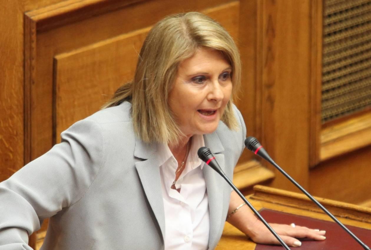 Βούλτεψη: Η αναπροσαρμογή των απολαβών δεν θα ισχύσει για τους βουλευτές