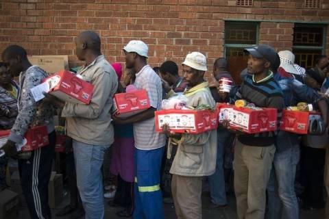 Ν. Αφρική: Έληξε η πολύμηνη απεργία των εργατών στα ορυχεία πλατίνας