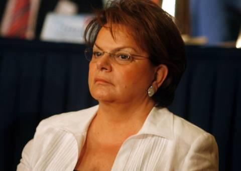 Μαθήματα πολιτικού ήθους παραδίδει η Νίκη Τζαβέλα