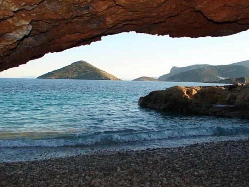 Αυτές είναι οι καλύτερες παραλίες της Αττικής (photos)