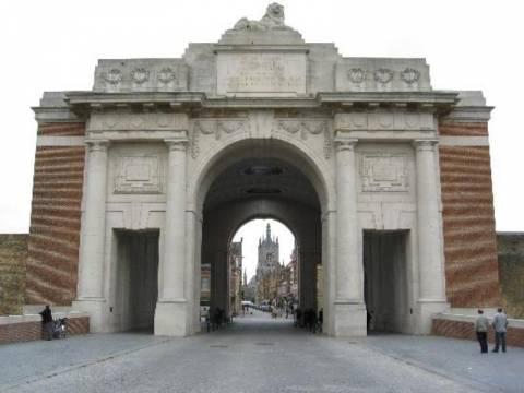 Σε εκδήλωση μνήμης για τον Α΄ Παγκόσμιο Πόλεμο οι ηγέτες της ΕΕ