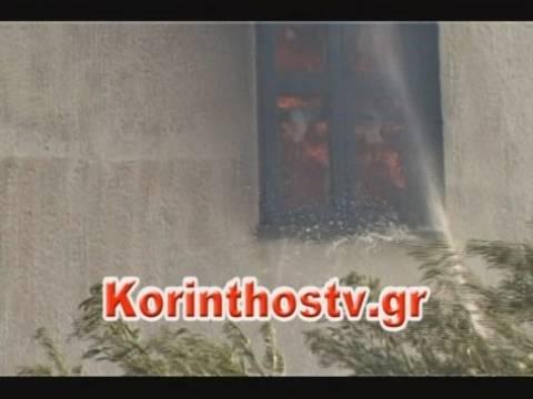 Υπό έλεγχο η φωτιά στην Κόρινθο - Μαίνεται το μέτωπο στη Μαλεσίνα