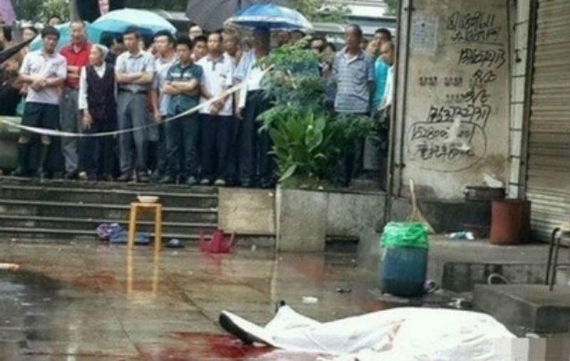 Κίνα: Έφαγε την καρδιά του επειδή δεν του έδωσε noodles! (σκληρές εικόνες)