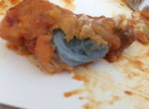 Το κοτόπουλο από το φαστ-φουντ απεδείχθη... παναρισμένη πετσέτα!
