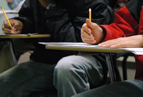 Αττική: Κομπίνα με τα θέματα των εξετάσεων σε ιδιωτικό σχολείο (;)