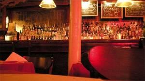 Στοιχειωμένα εστιατόρια - Τολμάτε να δειπνήσετε εκεί;