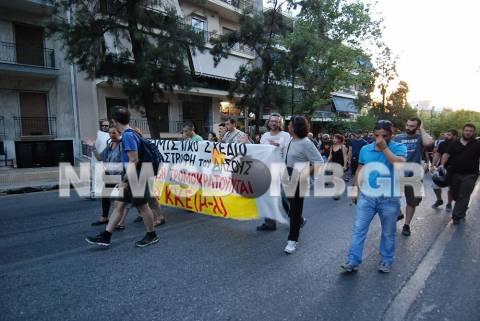 Σε εξέλιξη αυτή την ώρα συγκέντρωση διαμαρτυρίας για το γήπεδο της ΑΕΚ (pics&vid)