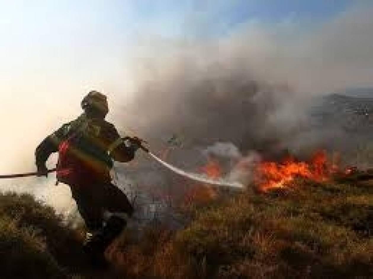 Ηράκλειο: Υπό έλεγχο η πυρκαγιά στην περιοχή της Μεσαράς