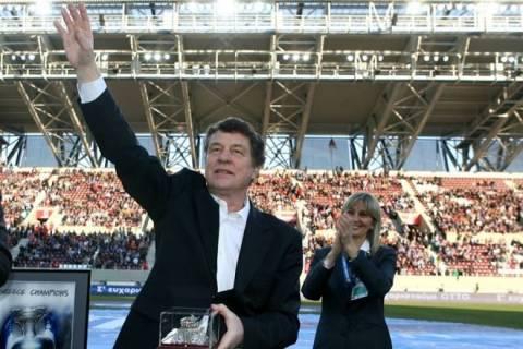 Εθνική Ελλάδας: Ο Ρεχάγκελ έψαλε τον εθνικό ύμνο (video)
