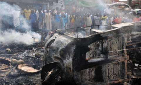 Νιγηρία: Καμικάζι «σκόρπισε» το θάνατο έξω από τζαμί
