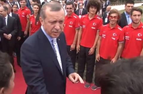 Έξαλλος ο Ερντογάν: Το τατουάζ του ποδοσφαιριστή που… τον εξόργισε (vid)