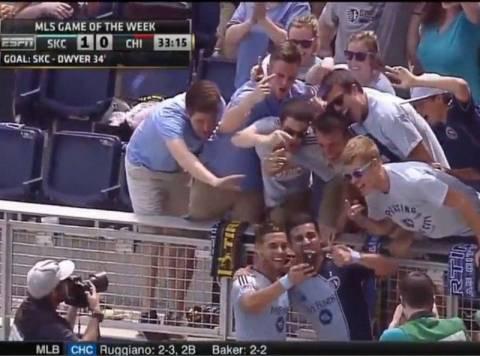 MLS: Πανηγύρισε βγάζοντας… selfie! (video)