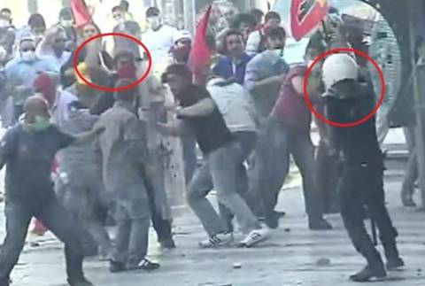 Αστυνομικός σκότωσε διαδηλωτή αλλά προφυλακίστηκε ένα χρόνο αργότερα!