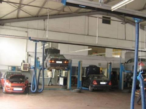 Κινητό συνεργείο επισκευάζει το αυτοκίνητο σας… σπίτι σας!