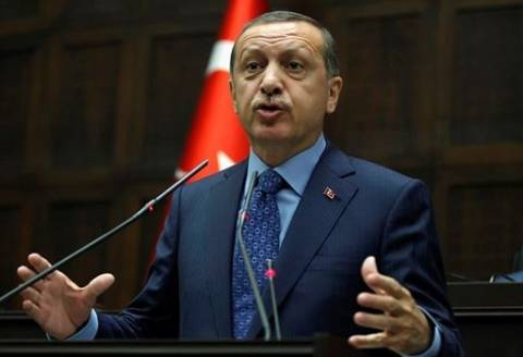 Τουρκία: Ο Ερντογάν προκαλεί δημόσια διαμάχη