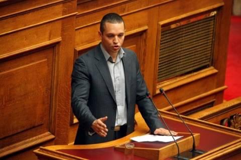 Η Χρυσή Αυγή απαιτεί την άμεση σύγκλιση της Ολομέλειας της Βουλής