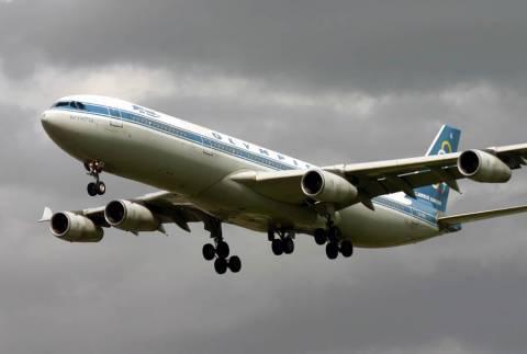 Πληρώνουμε 30.000 € το μήνα για να «σαπίζουν» αεροπλάνα!