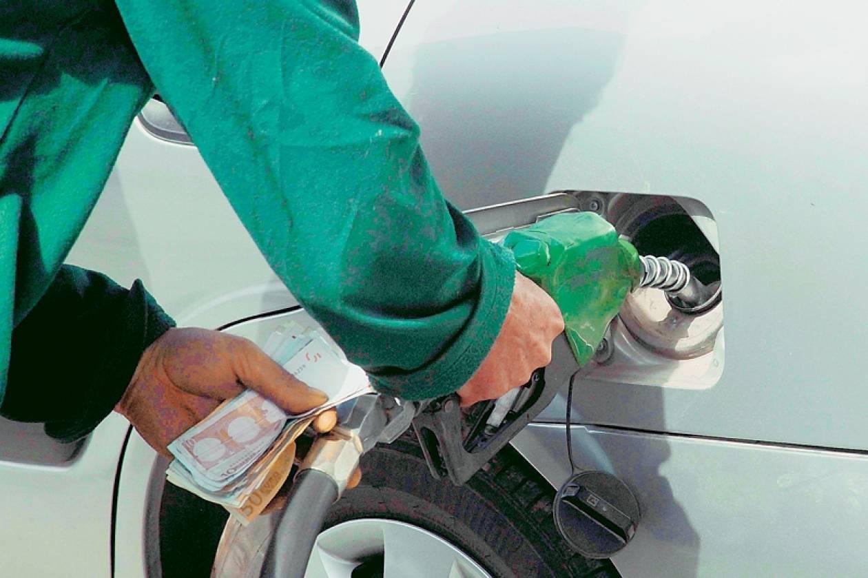 Κάθε χρόνο τα... ίδια - Ανεβαίνει πάλι η τιμή της βενζίνης