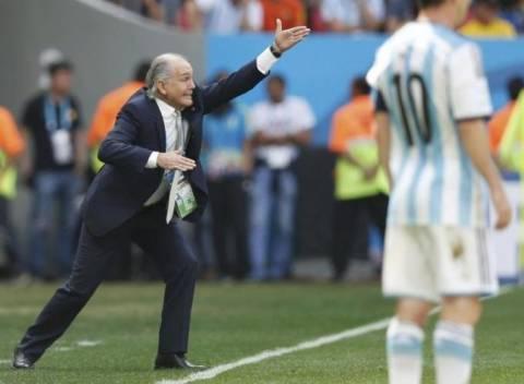 Δείτε ποιος είναι ο coach που οδηγεί την Αργεντινή στην κατάκτηση του κυπέλλου
