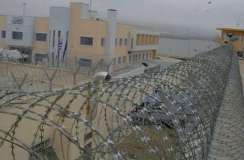 Πειθαρχική και ποινική έρευνα για τη δολοφονία στις φυλακές Δομοκού