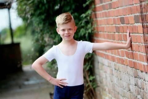 9χρονος νίκησε τον καρκίνο γιατί ήθελε να πάει στο μπαλέτο! (pics)
