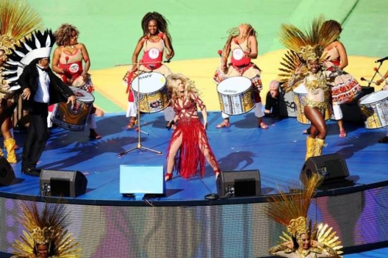 Παγκόσμιο Κύπελλο Ποδοσφαίρου 2014: Τρέλανε κόσμο η Σακίρα (photos+videos)