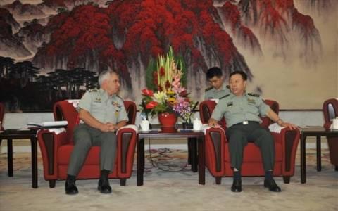 Ενισχύεται η στρατιωτική συνεργασία Ελλάδας – Κίνας