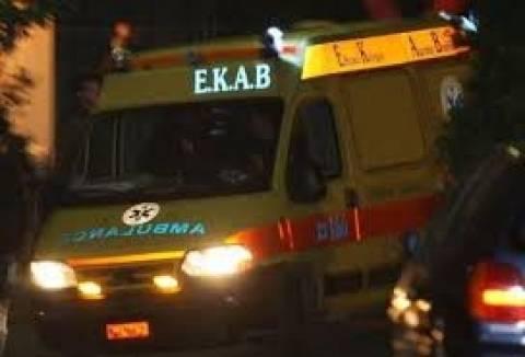 Λαμία: Νεαρός αλλοδαπός βρέθηκε σοβαρά τραυματισμένος στο λαιμό