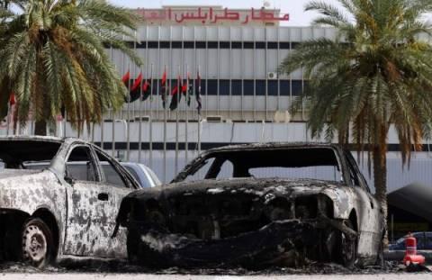 Λιβύη: Νέες ρίψεις ρουκετών εναντίον του αεροδρομίου της Τρίπολης