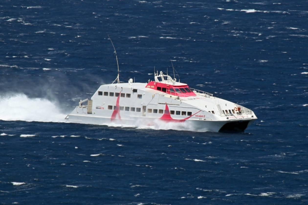 Αμοργός: Ταλαιπωρία για τους επιβάτες πλοίου λόγω… σουέλ…