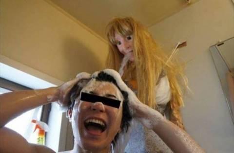 Ανατριχιαστικό: Ιάπωνας έκανε τη φίλη του… ντουζιέρα! (photos)