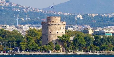 Θεσσαλονίκη: Το παγκάκι που «μαγνητίζει» τα βλέμματα όλων (pic)
