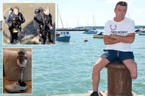 Έχασε το πρόσθετο πόδι του σε μία... κατάδυση! (pics)
